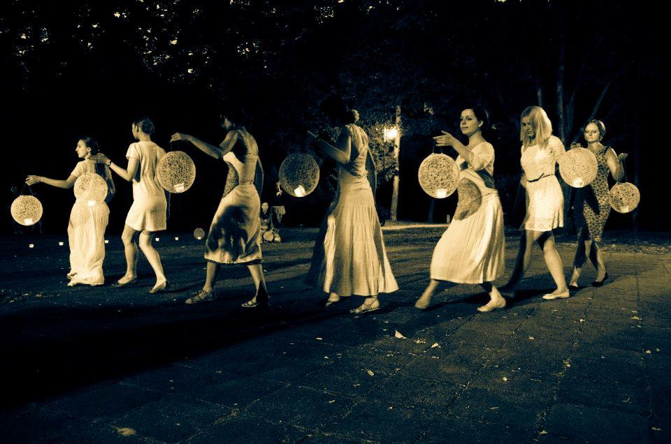 taniec-świateł