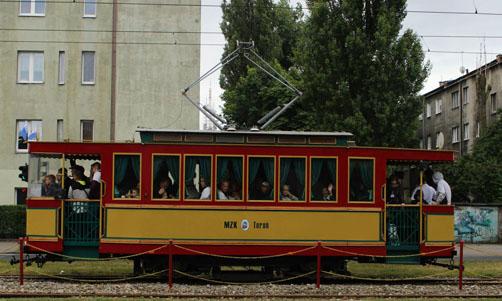 Już w najbliższy weekend torunianie będą mogli podróżować tramwajem turystycznym. [fot. Paula Gałązka]