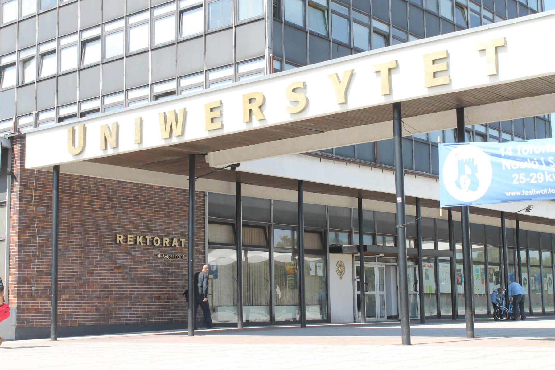 uniwersytet