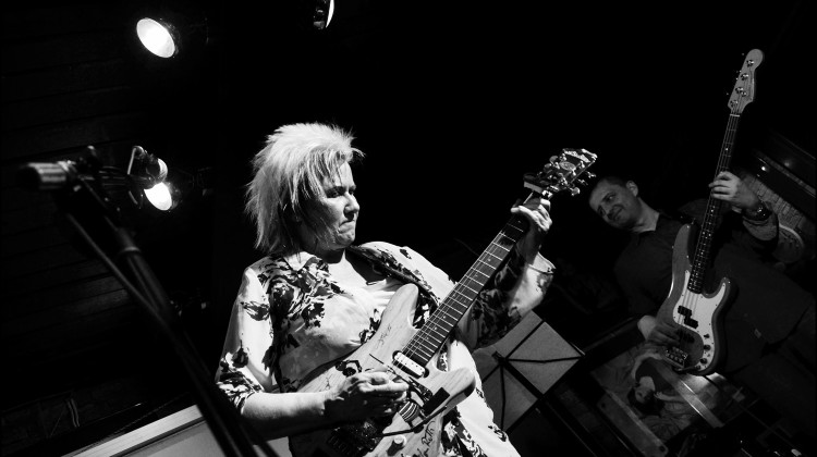 18.04.16, Jennifer Batten Band (11)