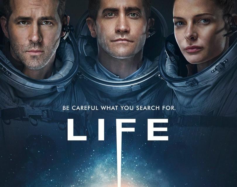 "Plakat filmu ""Life"""