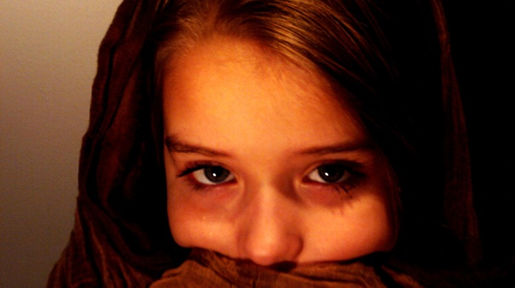 Biorąc udział w zbiórce Samorządu Studenckiego można sprawić, że dzieci w domach dziecka będą miały nieco radośniejsze święta. fot: Sebastian Winnicki
