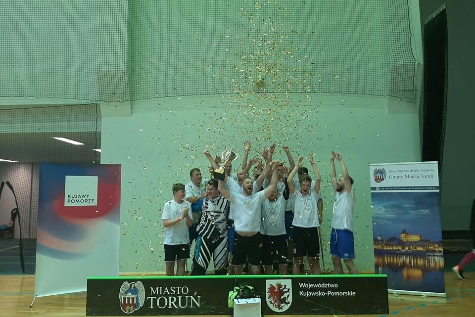 Mistrzowie Toruńskiej Ligi Unihokej fot. Toruńska Liga Unihokeja