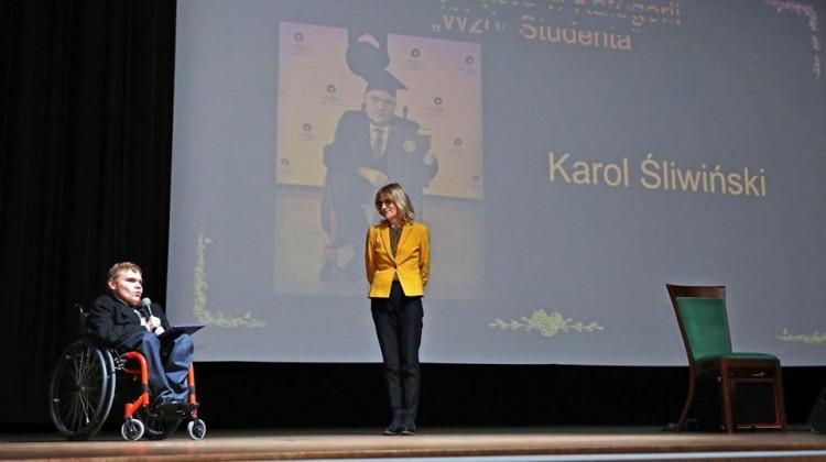 Karol Śliwiński - laureat kategorii wzór studenta [fot. Andrzej Romański]